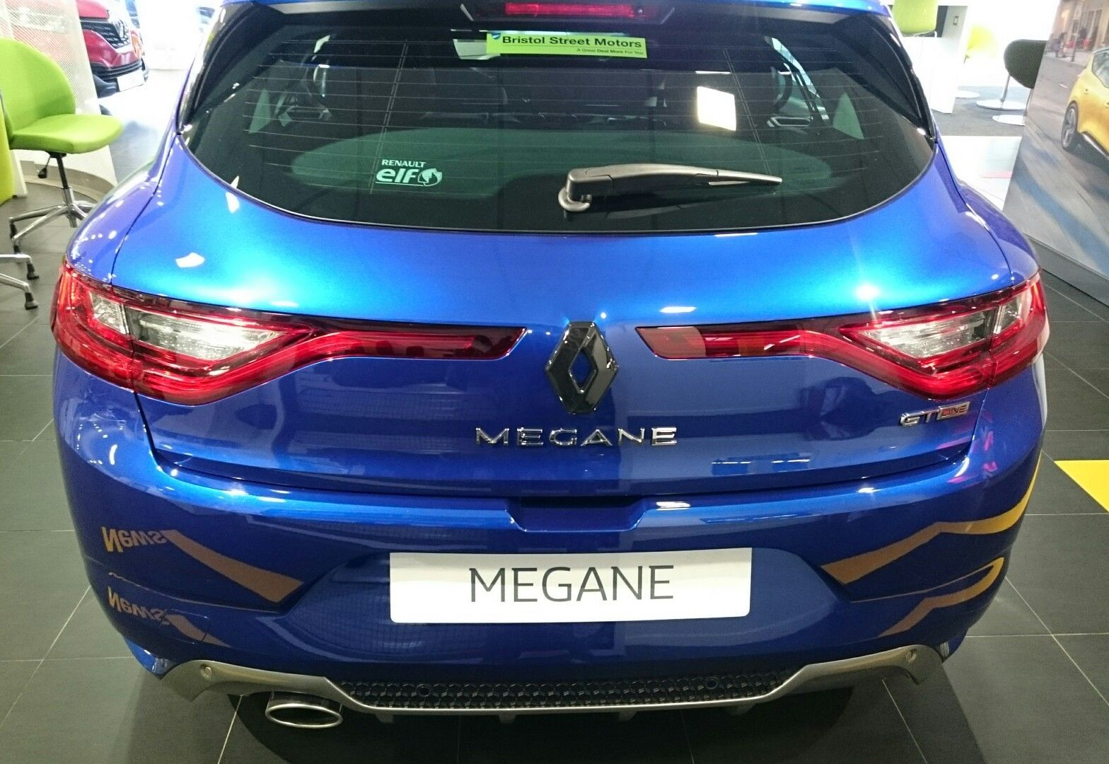 renault megane 4 2017 inc gt gloss black rear badge cover. Black Bedroom Furniture Sets. Home Design Ideas